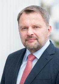 Holger Knopp, Rechtsanwalt für Verkehrsrecht klärt auf im Streit um Nachbesserung im Gebrauchtwagenkauf